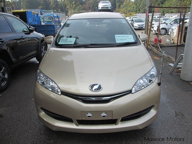 Pre-owned Toyota Wish 7-Seater for sale in