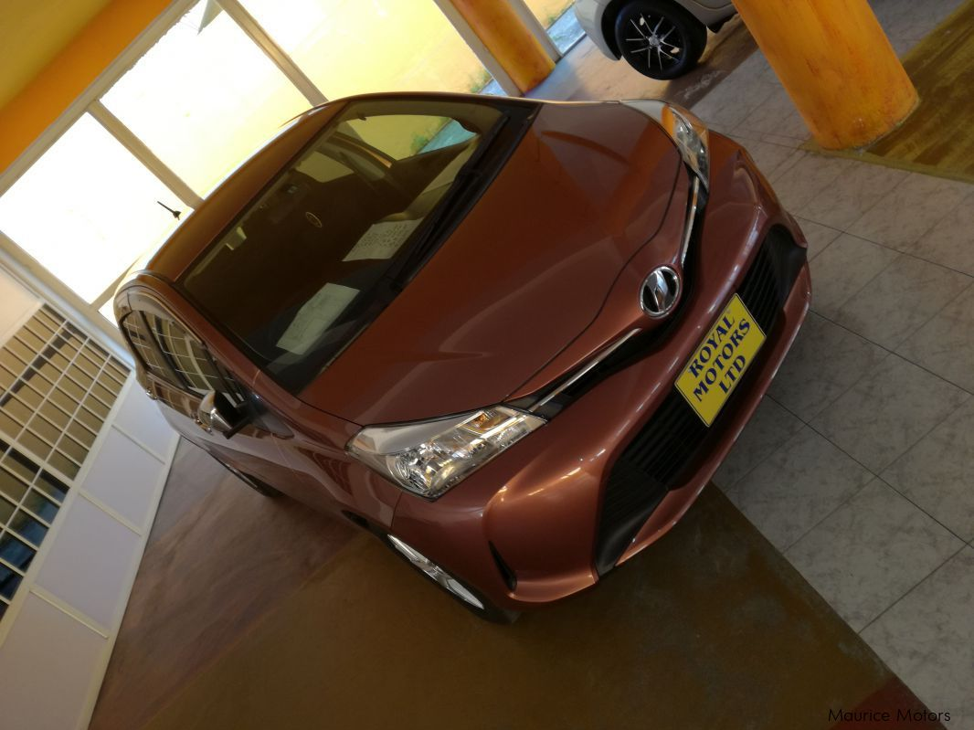 Pre-owned Toyota Vitz Jewela for sale in Eau Coulée, Curepipe