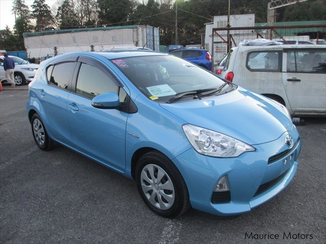 Used Toyota Aqua S for sale in Vacoas