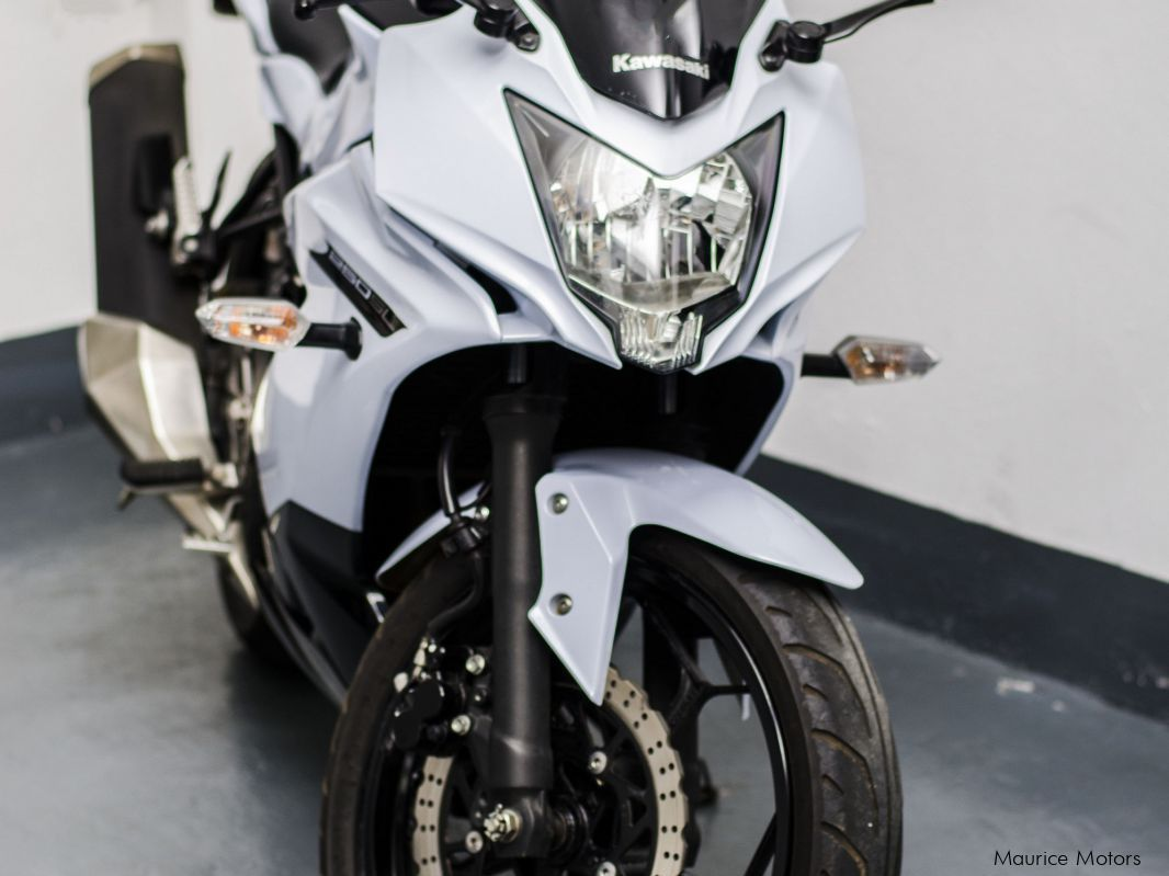 Used Kawasaki NInja 250 SL for sale in Vacoas