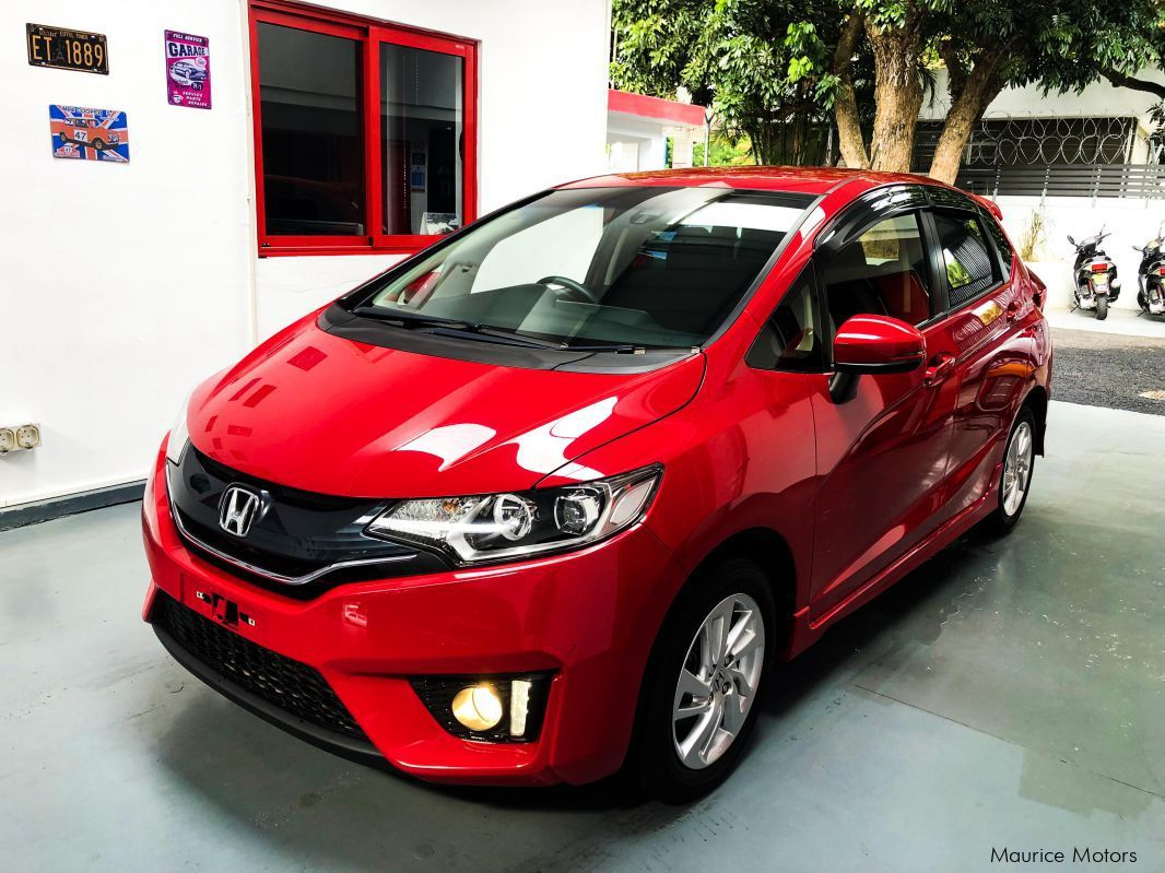 Pre-owned Honda Fit New Shape GK 3 for sale in