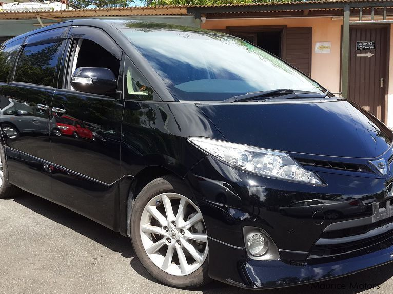 Used Toyota Estima for sale in Floreal