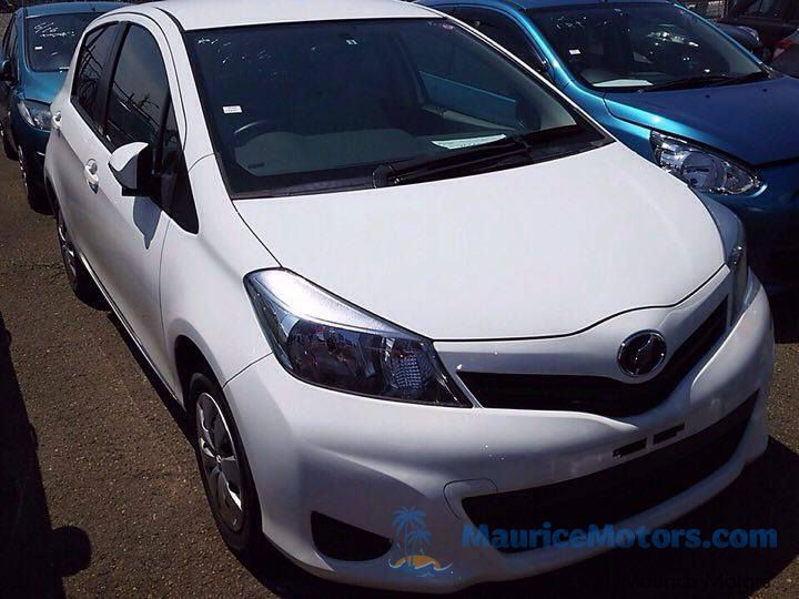 Used Toyota VITZ - PEARL WHITE for sale in Port Louis