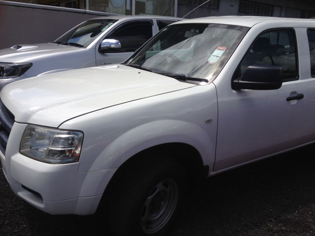 Pre-owned Ford RANGER - WHITE - TURBO for sale in