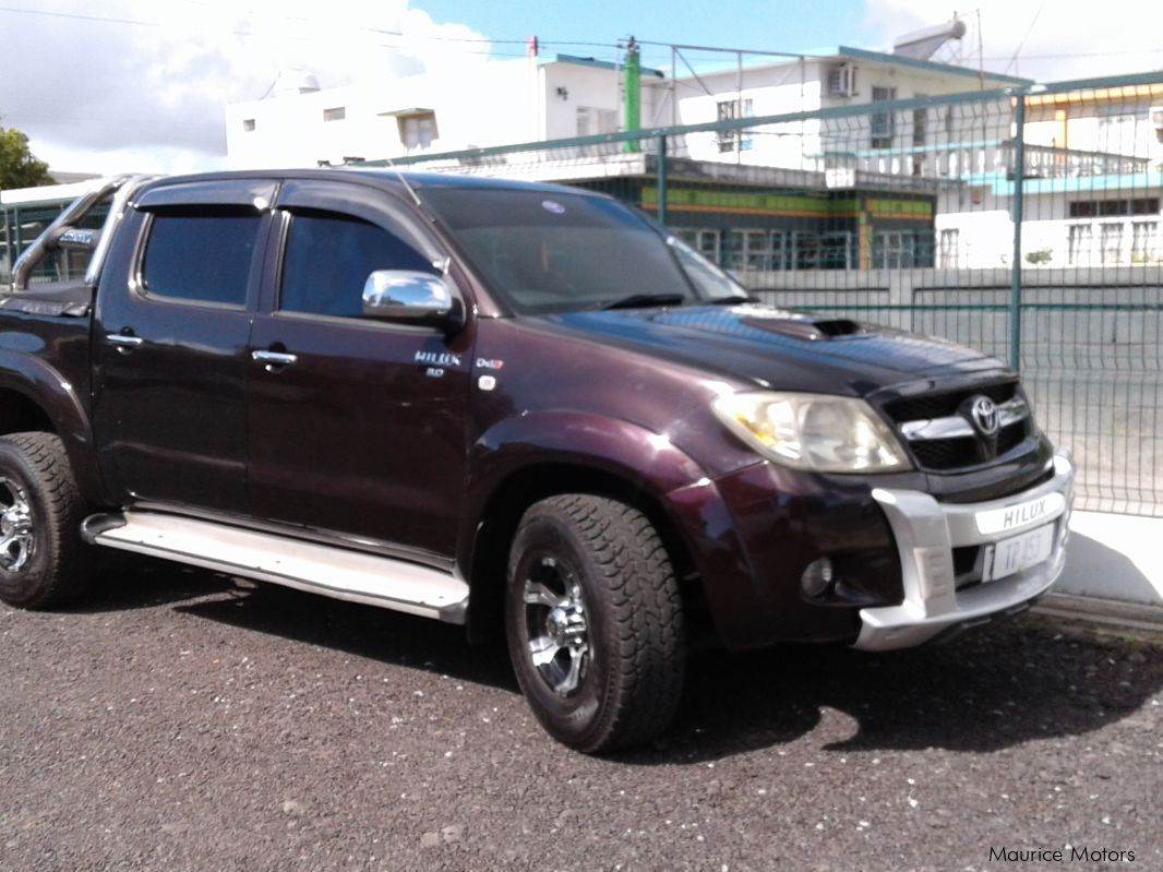 Used Toyota hilux raider for sale in Camp Fouquereaux