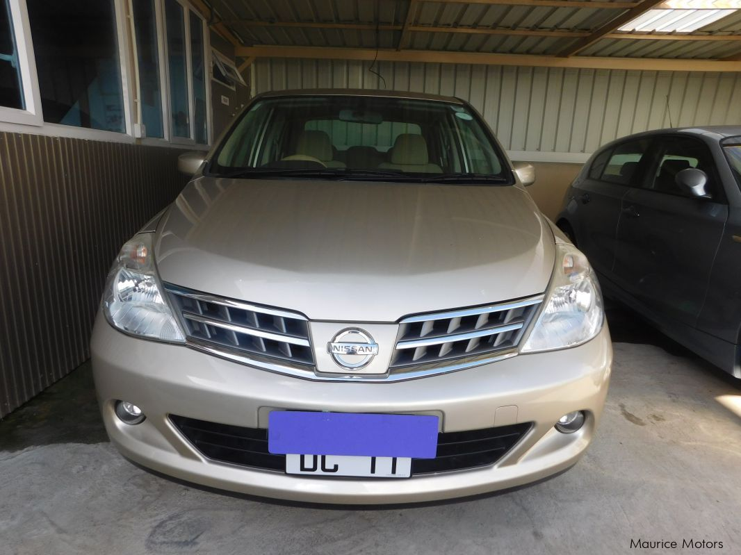 Used Nissan TIIDA - GOLD for sale in Camp Fouquereaux