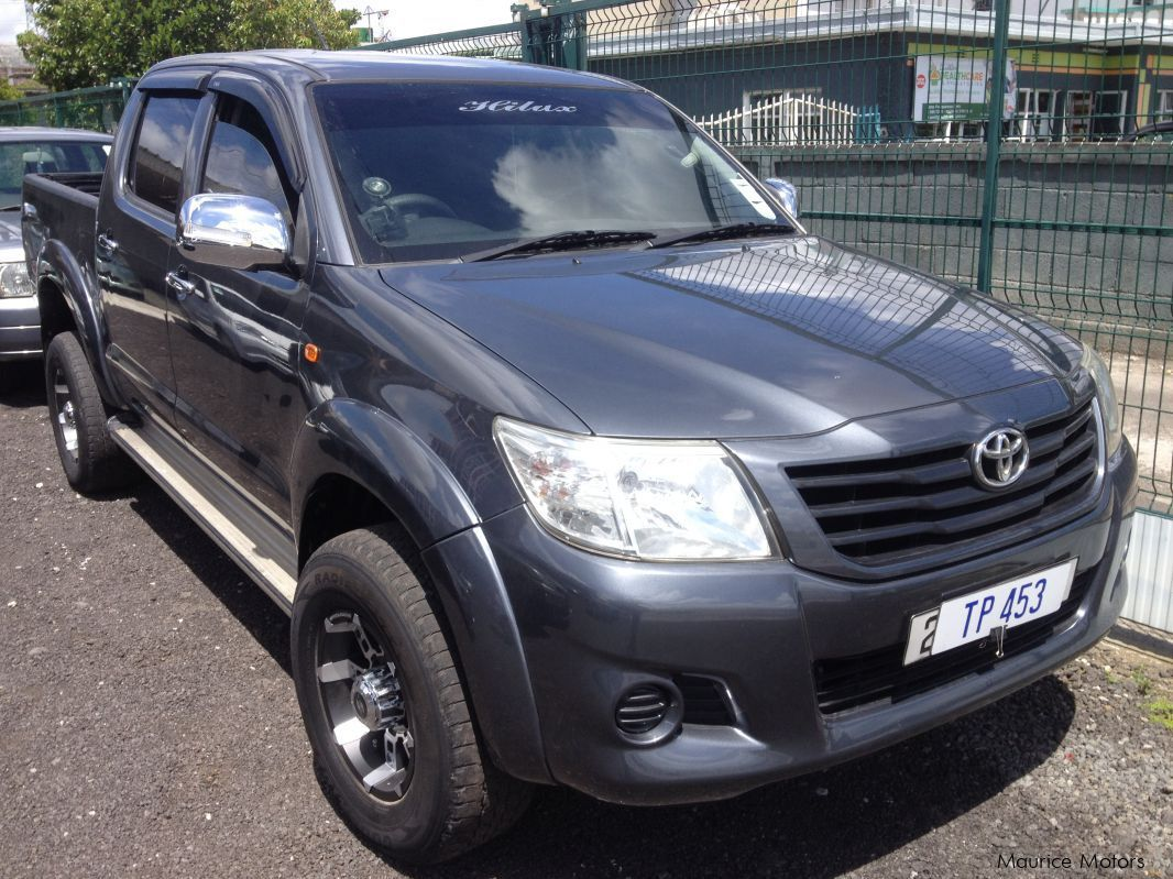 Pre-owned Toyota HILUX - DARK GREY - TURBO for sale in