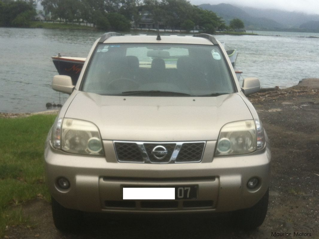 Used Nissan X-TRAIL for sale in PORT LOUIS