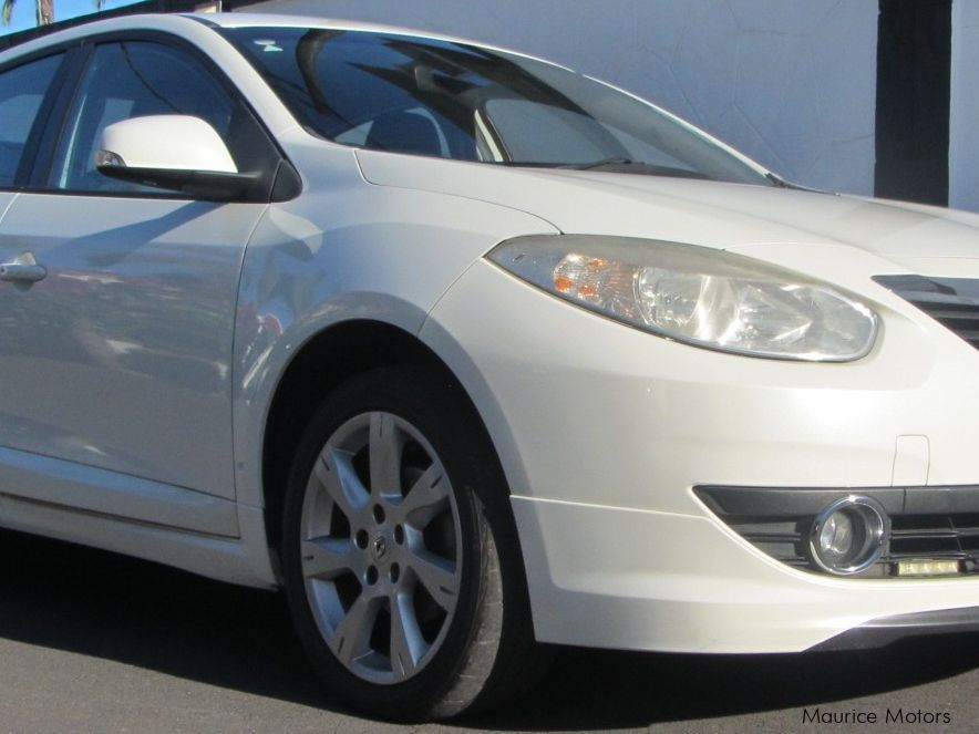Pre-owned Renault Fluence for sale in
