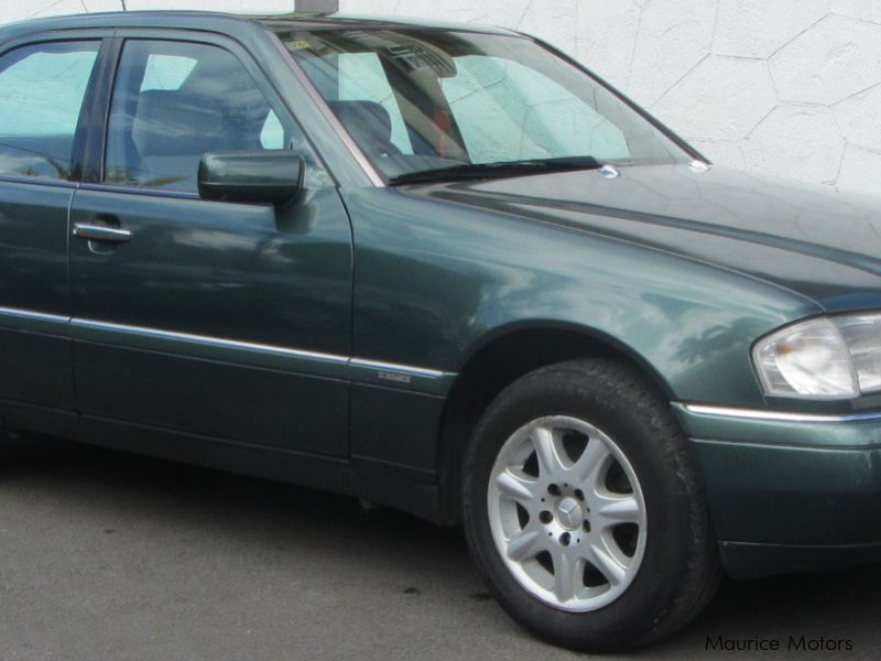Used Mercedes-Benz C180 for sale in Belle Rose
