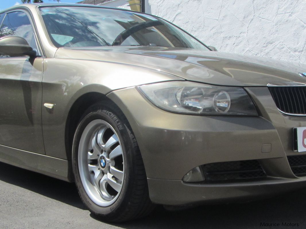 Used BMW 320i for sale in Belle Rose