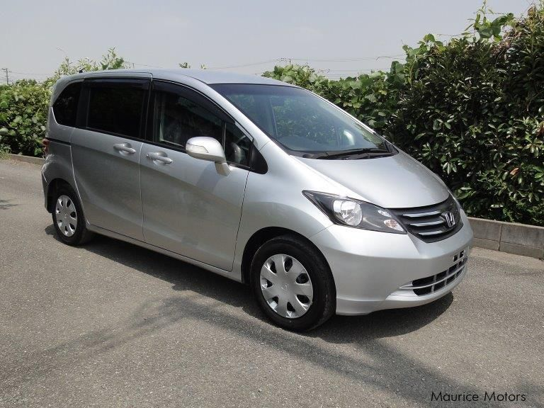 Used Honda Freed for sale in Vacoas