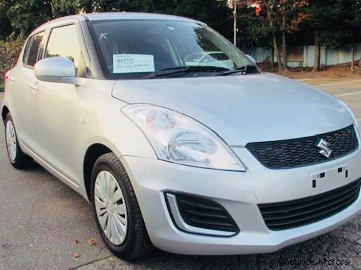 Pre-owned Suzuki SWIFT XG 1.2 - SILVER for sale in