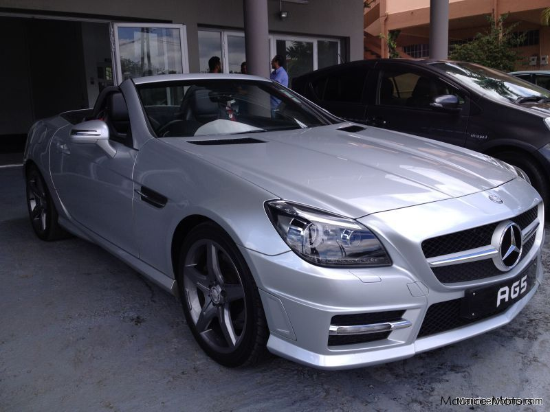 Used Mercedes-Benz SLK 250 AMG 7-SPEED PADDLE SHIFT ONE OWNER CAR EXCELLENT CONDITION AS NEW for sale in Floreal