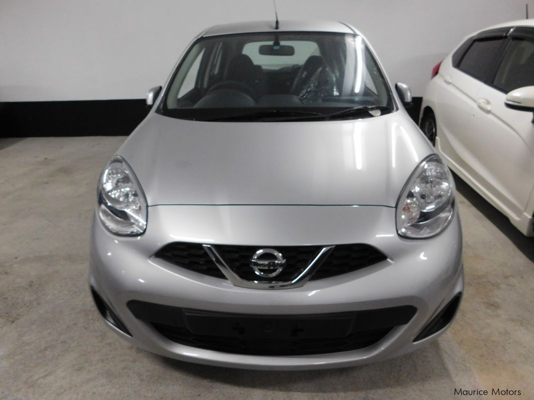Pre-owned Nissan MARCH AK13 - NEW SHAPE - SILVER for sale in