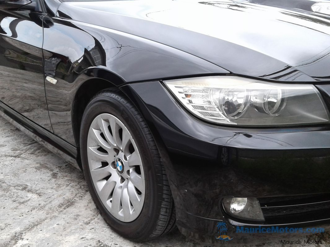 Used BMW 320i - AUTOMATIC E90 FACELIFT for sale in Floreal