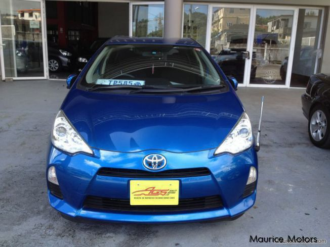 Pre-owned Toyota AQUA - HYBRID KEYLESS DRIVE BACKCAMERA for sale in