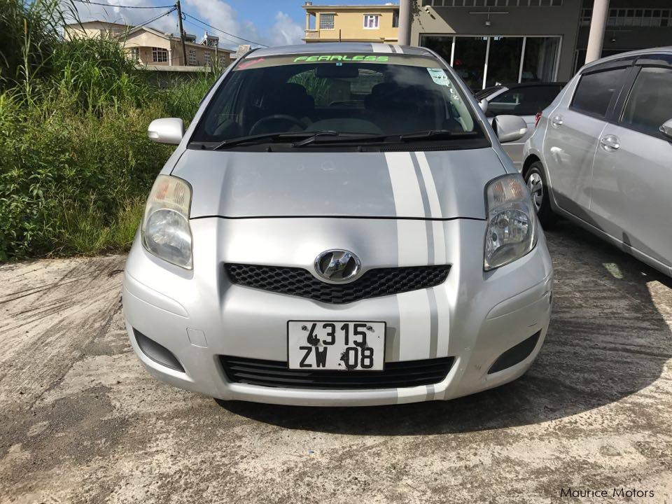 Used Toyota VITZ - SILVER - AUTOMATIC PARK SENSOR for sale