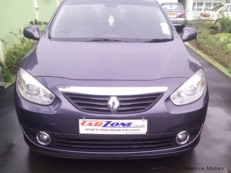 Used Renault Fluence for sale in Saint Pierre