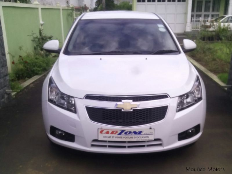 Used Chevrolet Cruze for sale in Saint Pierre