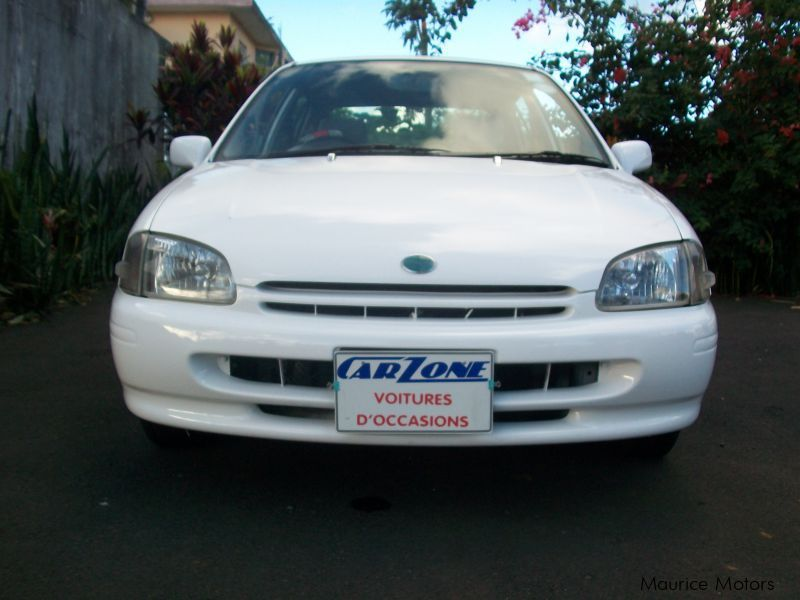 Used Toyota starlet for sale in Saint Pierre
