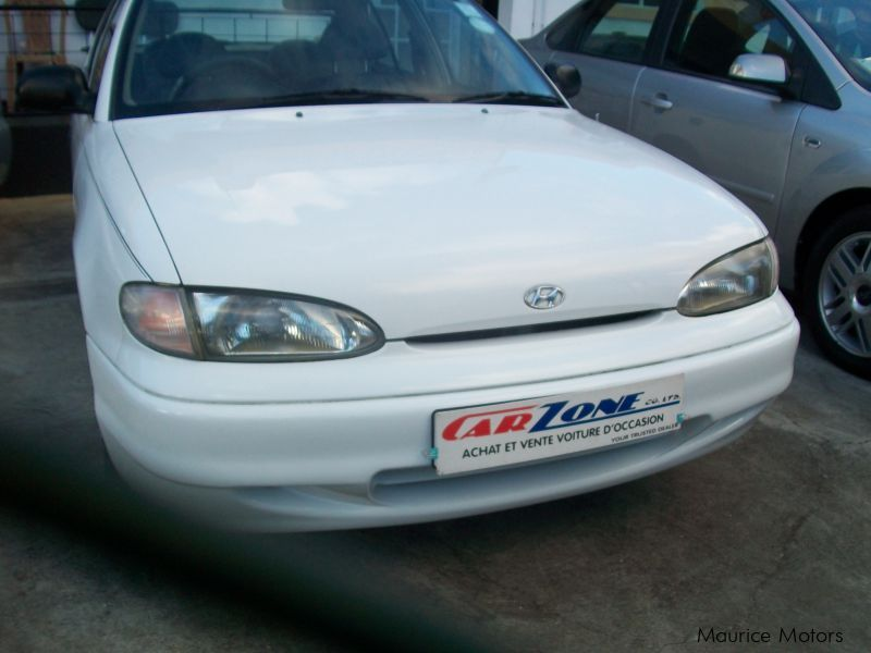 Used Hyundai Accent for sale in Saint Pierre