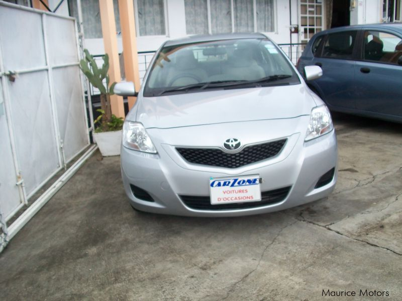 Used Toyota Belta for sale in Saint Pierre
