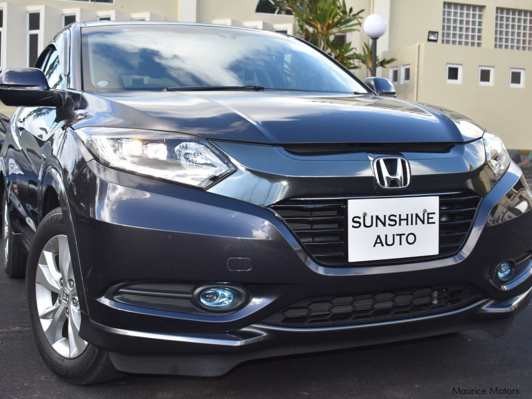 Pre-owned Honda Vezel X for sale in