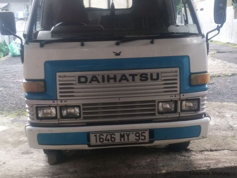 Pre-owned Daihatsu daihatsu for sale in