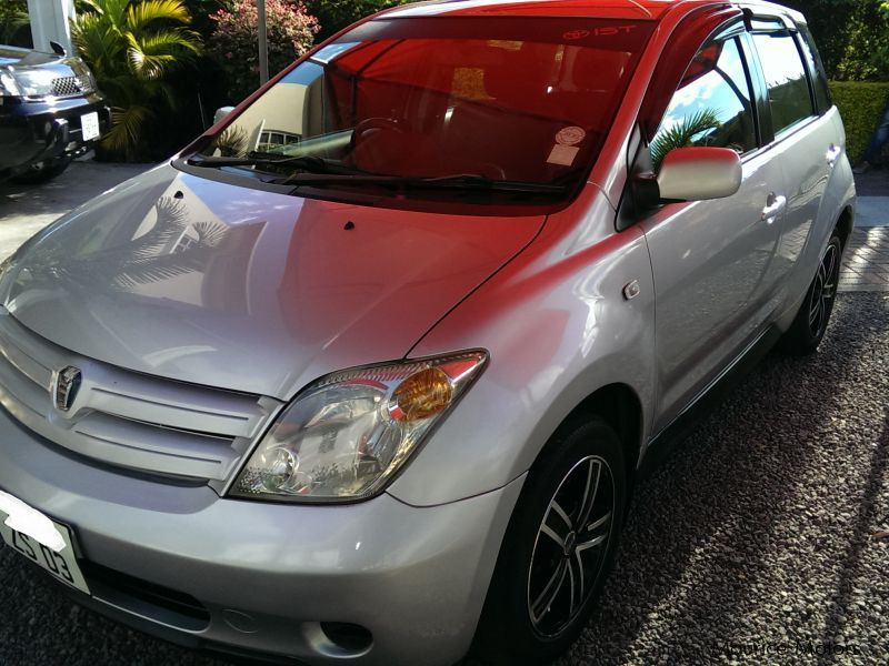 Used Toyota IST for sale in Mauritius