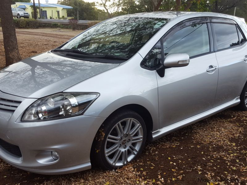 Pre-owned Toyota Auris for sale in Mauritius