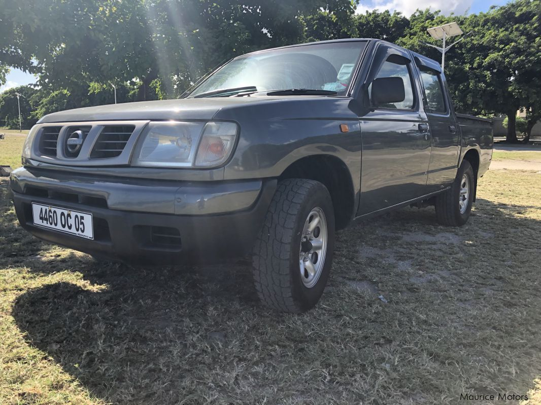 Pre-owned Nissan Hardbody TD27 for sale in