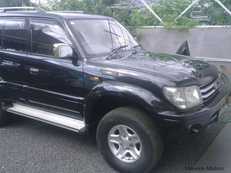 Pre-owned Toyota Land Cruiser Prado for sale in Mauritius
