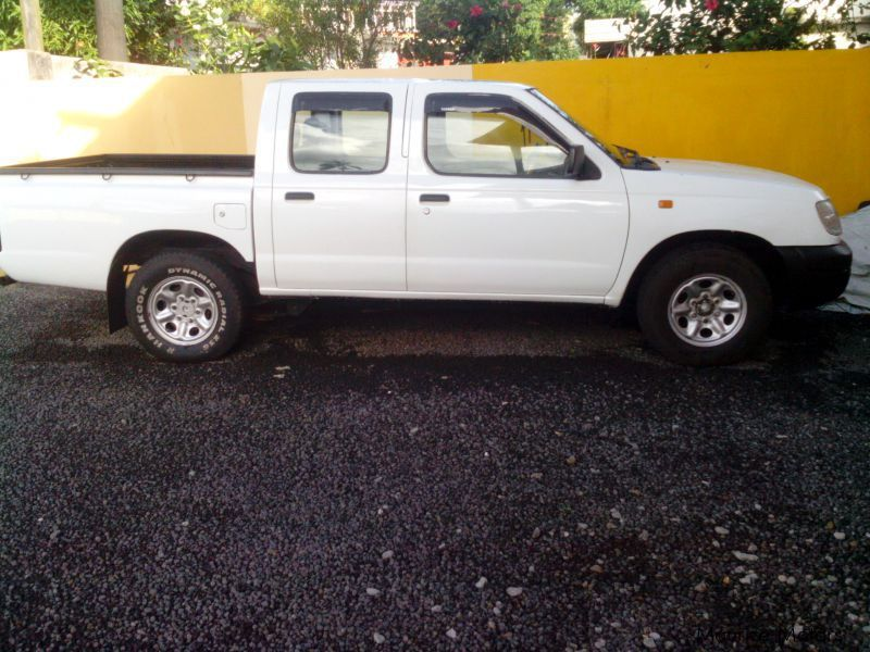 Pre-owned Nissan hardbody for sale in Mauritius