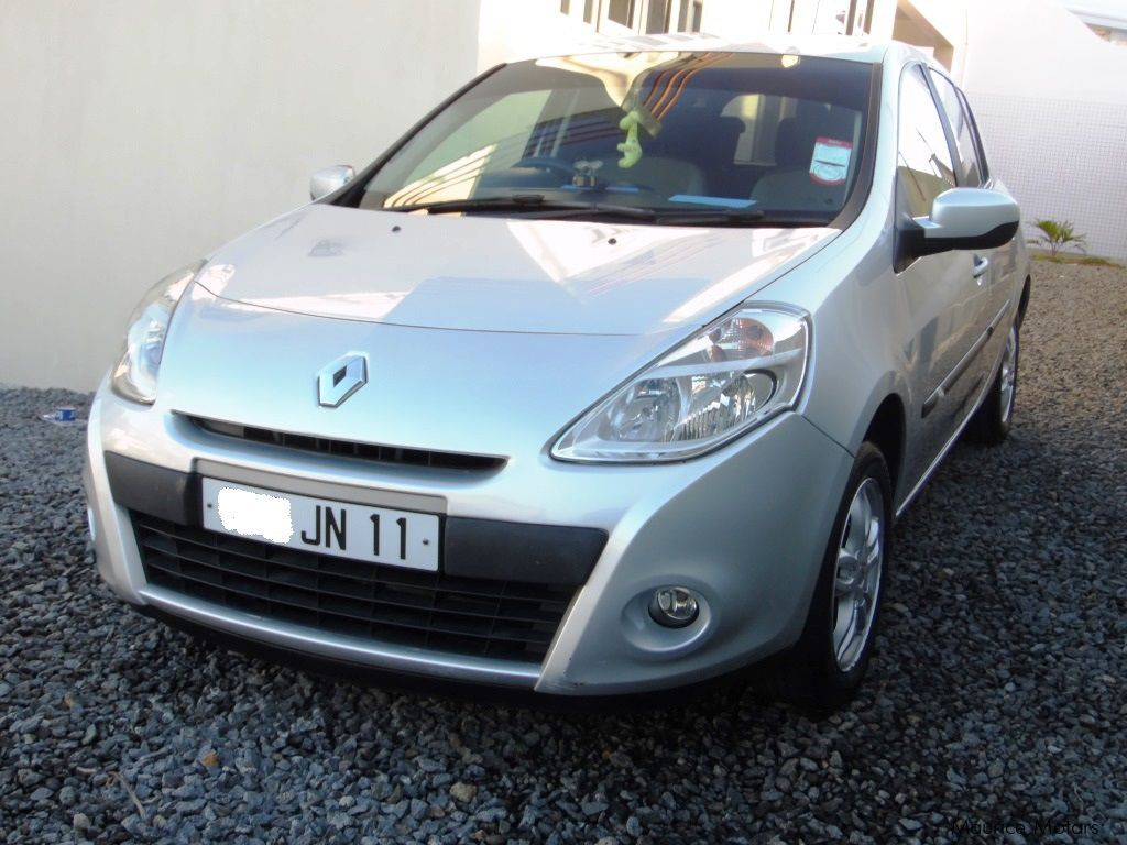 Pre-owned Renault Clio Tce for sale in