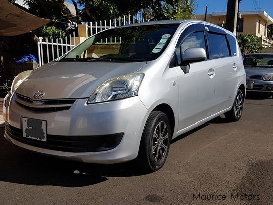 Pre-owned Toyota Passo Sette 7 Seater for sale in