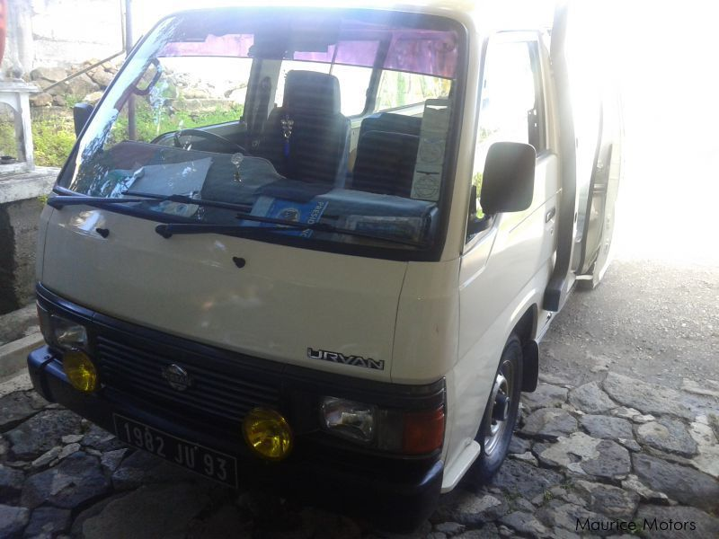 Used Nissan Nissan Urvan E 24 for sale in Mauritius