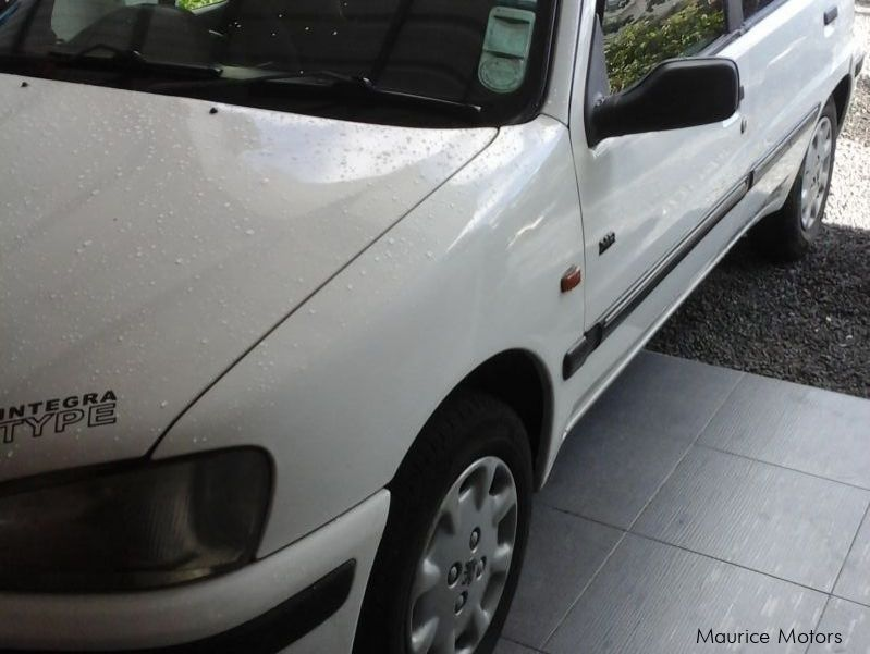Pre-owned Peugeot 106 equinox for sale in