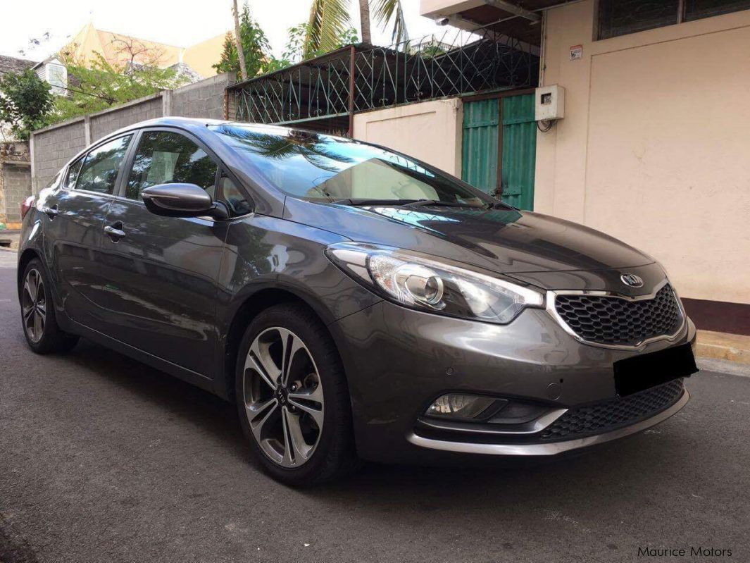 Pre-owned Kia Cerato for sale in