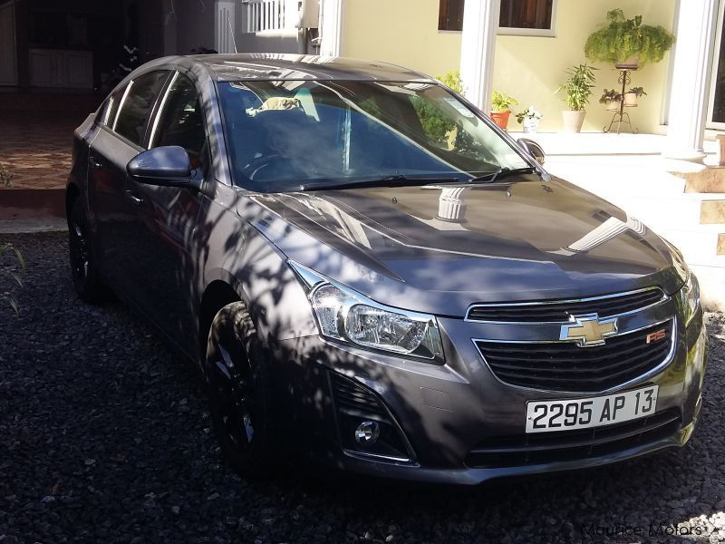 Pre-owned Chevrolet Cruze ls for sale in Mauritius