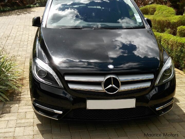 Pre-owned Mercedes-Benz B200 for sale in
