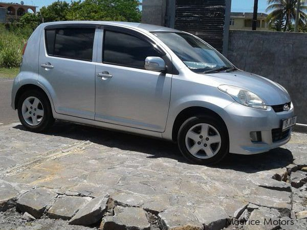 Pre-owned Perodua MYVI for sale in Mauritius