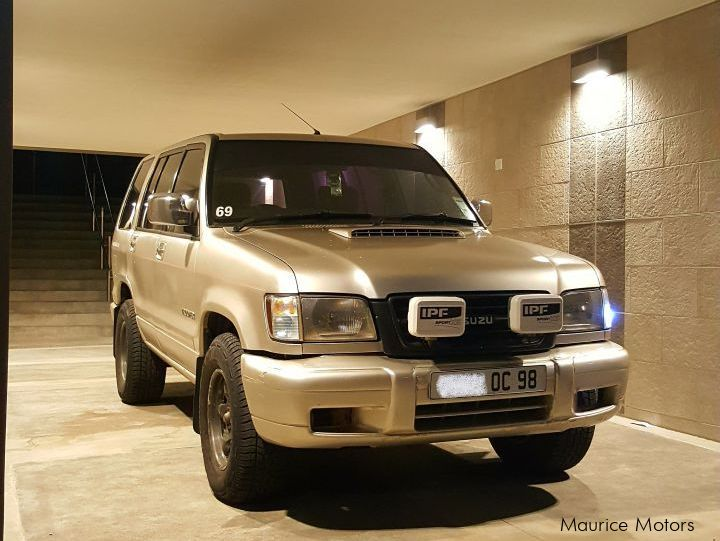 Pre-owned Isuzu Trooper for sale in