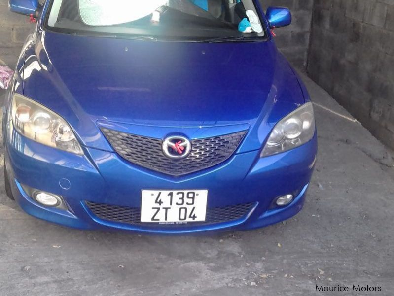 Pre-owned Mazda Mazda Axela for sale in