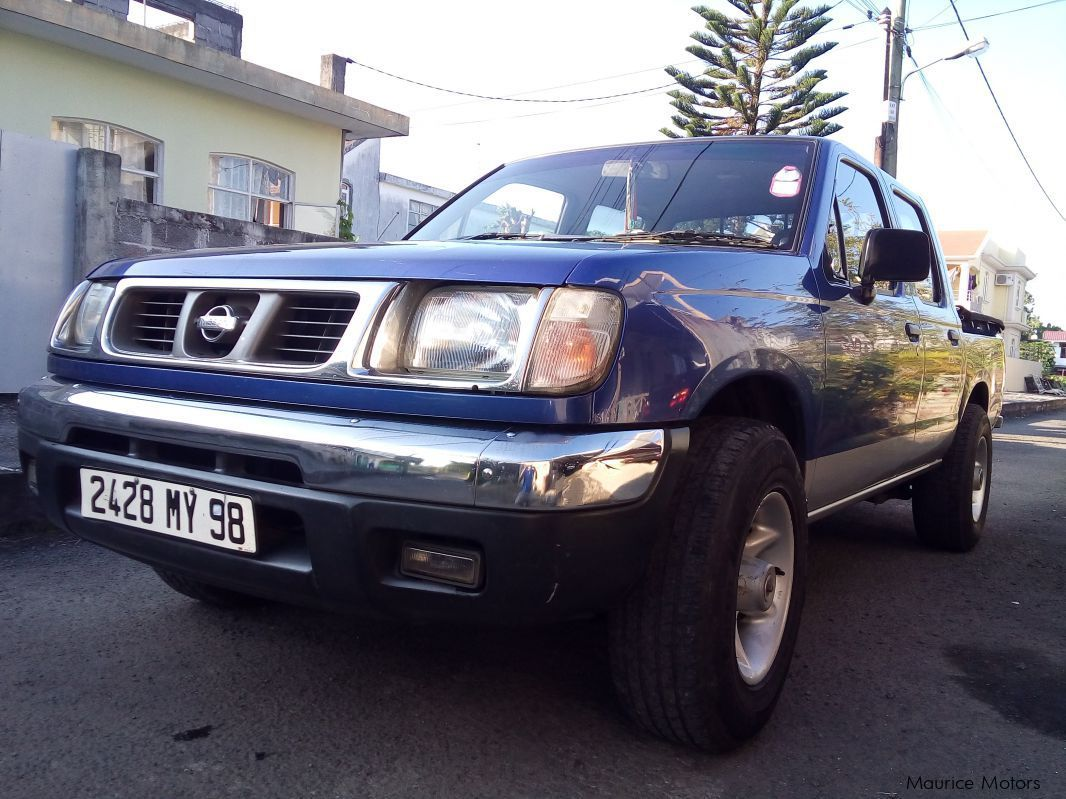 Pre-owned Nissan  Navara (frontier) for sale in