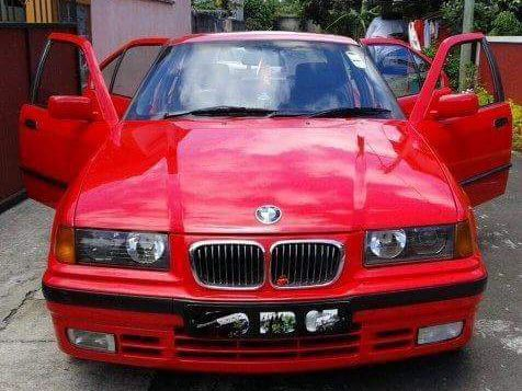 Used BMW 318i for sale in