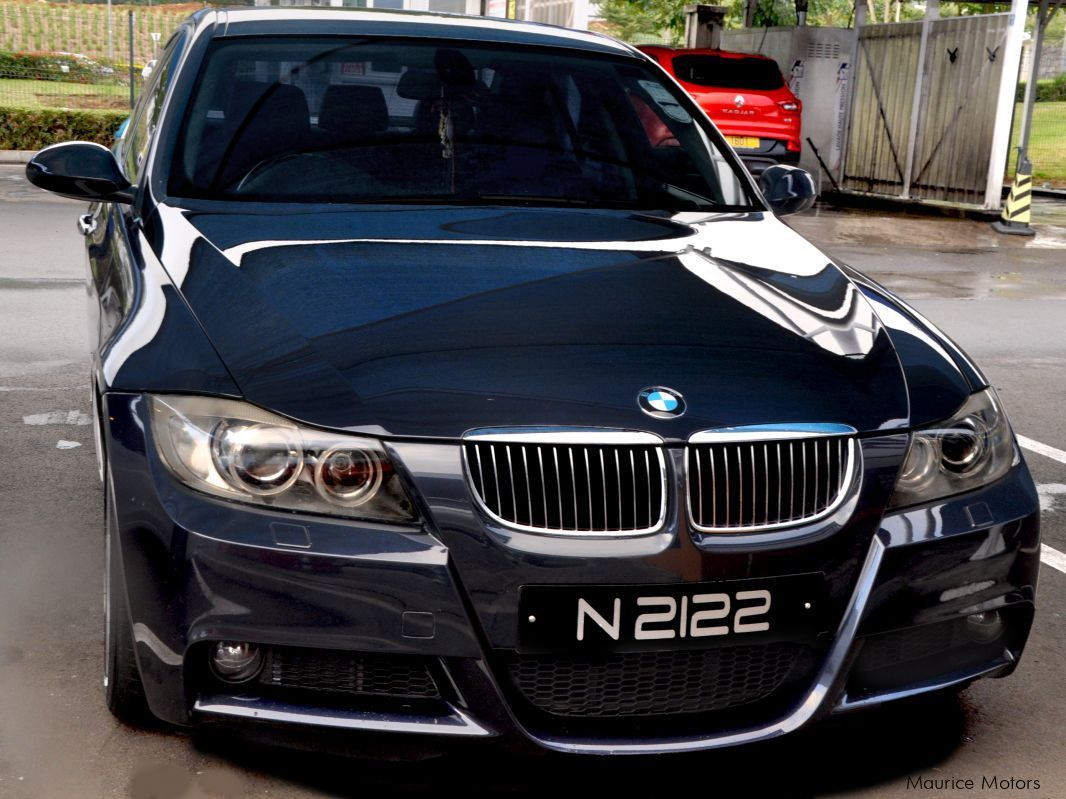 Pre-owned BMW 330i E90 for sale in