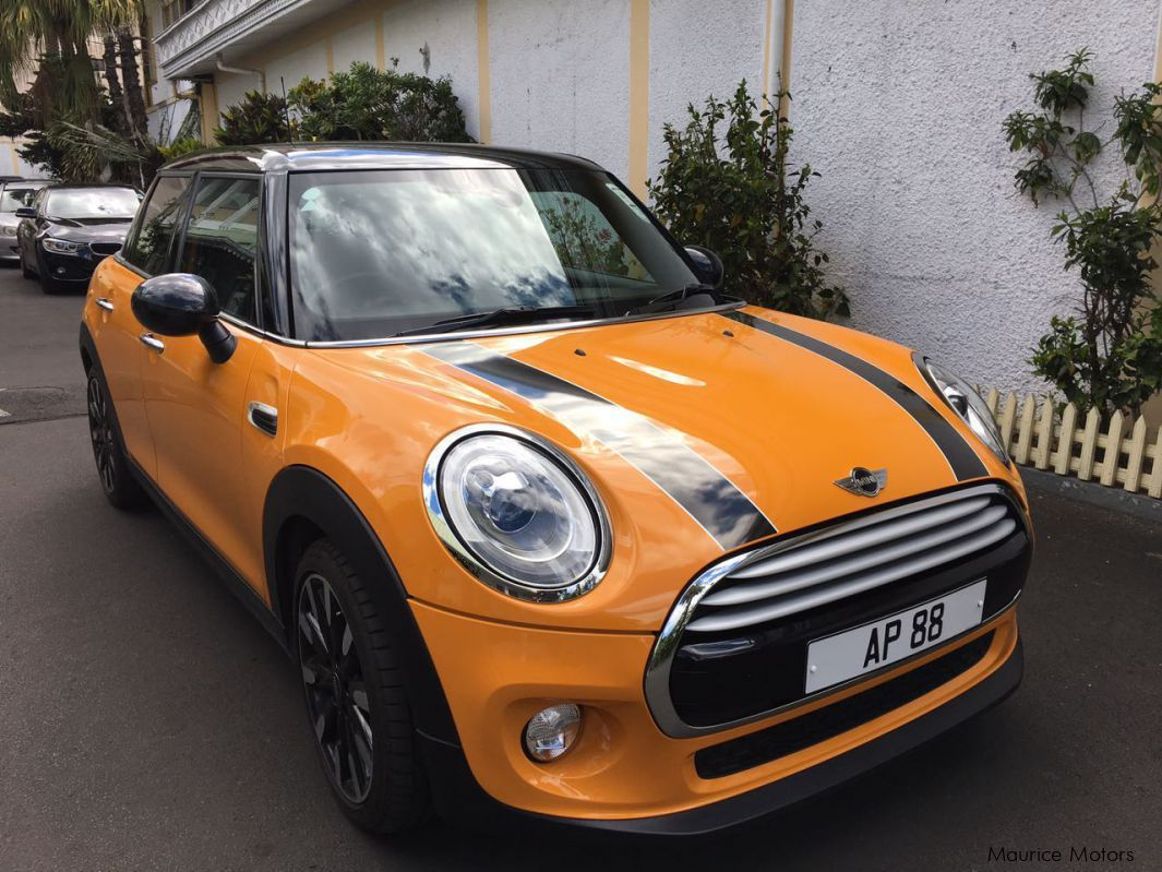 Pre-owned Mini Mini Cooper 1500 twin turbo 5 doors for sale in