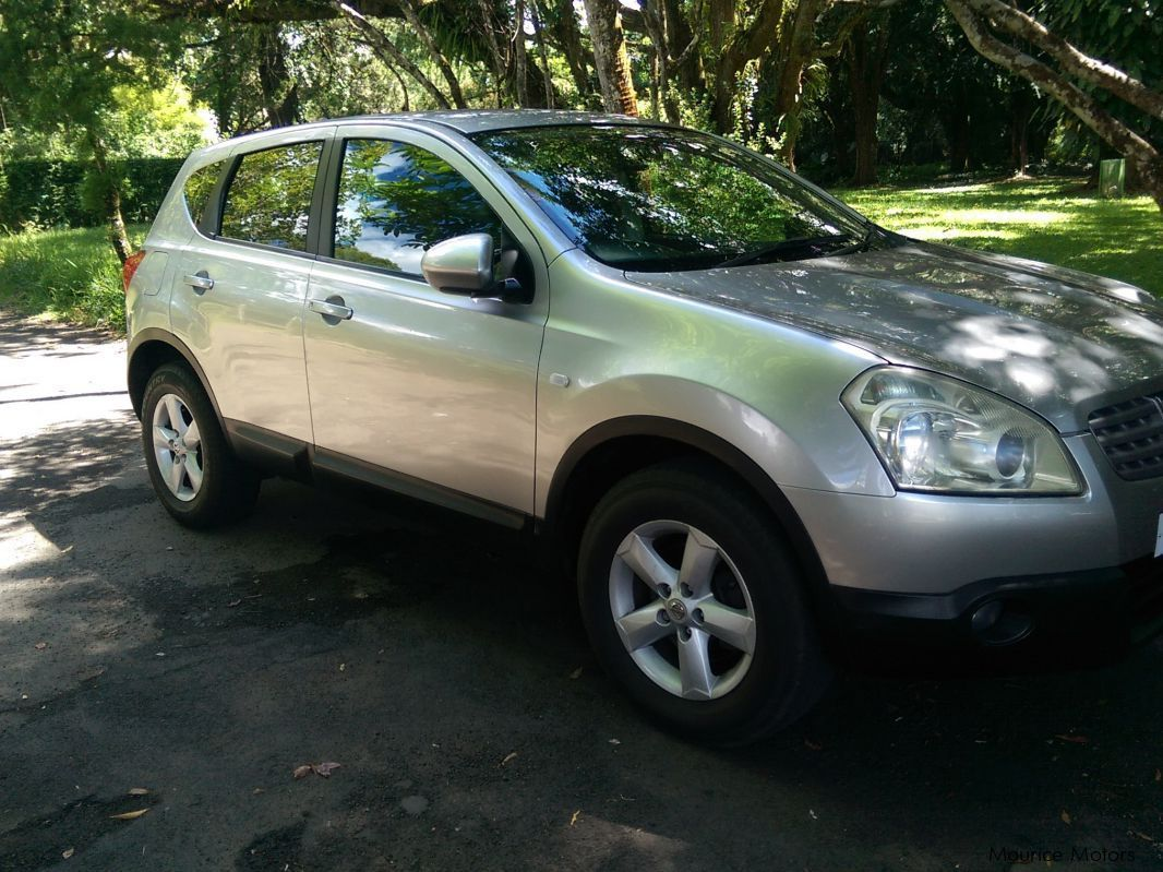 Pre-owned Nissan Qashqai  Manual 1600cc for sale in
