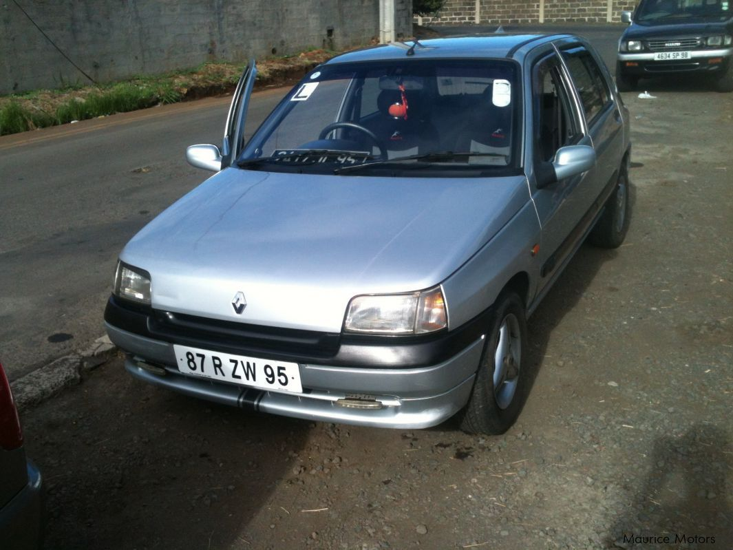 Pre-owned Renault Clio for sale in